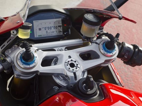 Nova Ducati Panigale 1299 no Brasil