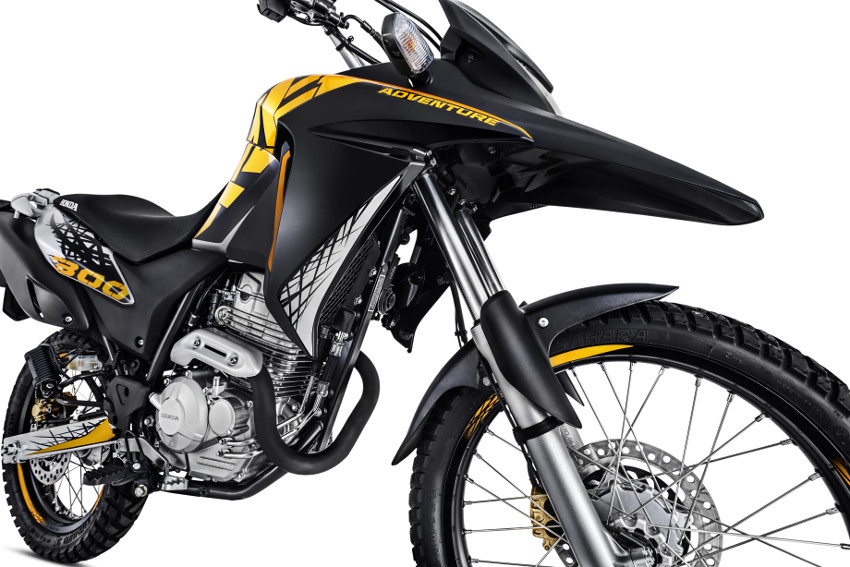 Honda Xre 300 Adventure 2017 11 Motorede