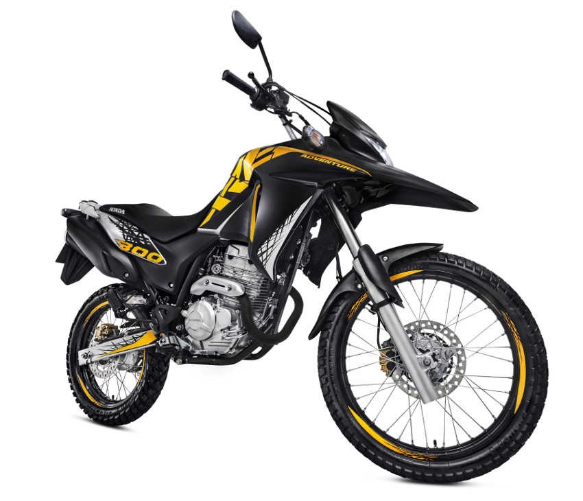traxx with Honda Xre 300 Adventure 2017 8 on 8307 Veste Homme Bleu together with Product GB together with Honda Xre 300 Adventure 2017 8 moreover Honda Nc 750 X 2018 Brasil 5 in addition Nova Tracker 2018.
