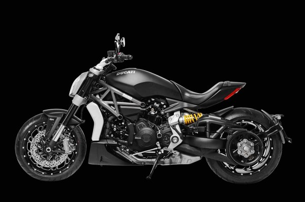 Ducati XDiavel Dark  Vista Lateral 2