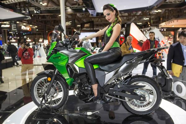 Kawasaki Versys X-300 Verde 2018 Brasil Apresentação