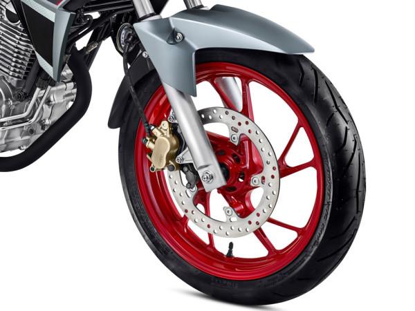 Nova CB Twister 2018 Prata Metálico Rodas Vermelhas