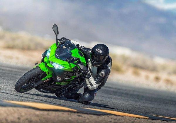 Kawasaki Ninja 400 2018 Pista Ação