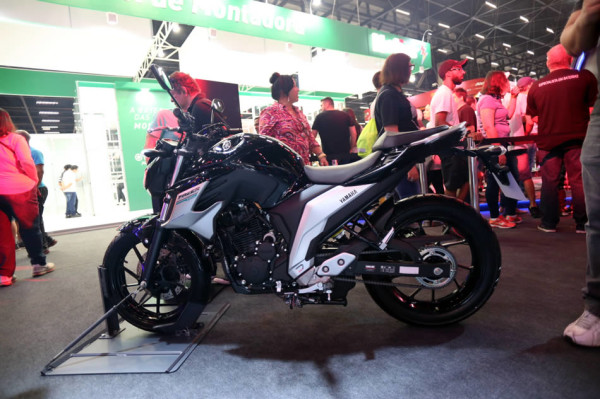 Nova Fazer 250 ABS 2108 Preta Salão Duas Rodas