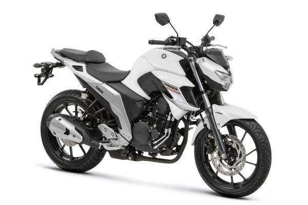 Nova Fazer 250 ABS 2108 Branca frente
