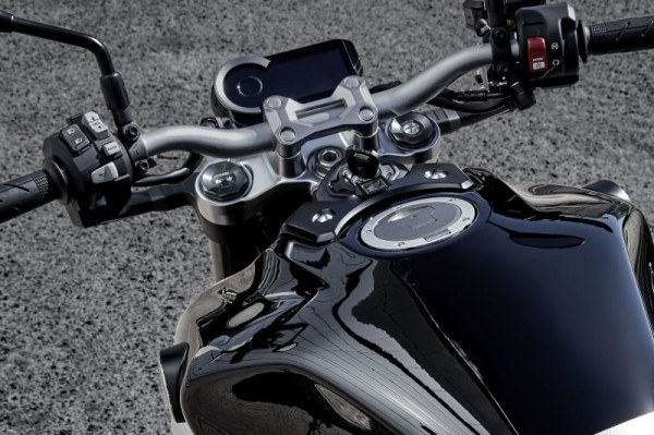 Honda CB 1000R 2018 Painel de Instrumentos