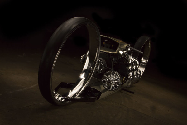 Moto com motor avião TMC Dumont