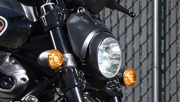 Harley-Davidson Streetfighter 975 Farol