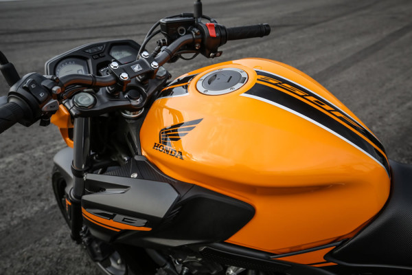 Nova CB 650F 2019 Laranja