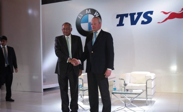 BMW e TVS parceria