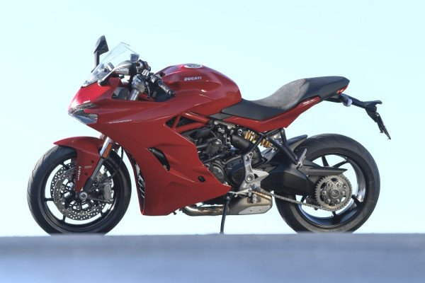 Ducati-SuperSport-S-2018-Preco-11