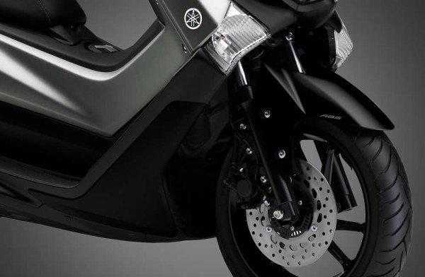 Yamaha NMax 160 2019 Preta Freio ABS