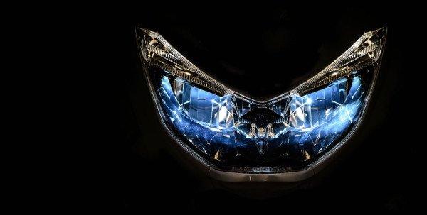 Yamaha NMax 160 2019 Farol em LED