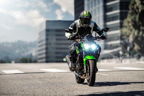 Nova Kawasaki Z400 2019