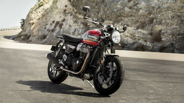 Triumph-Speed-Twin-1200-2019-01