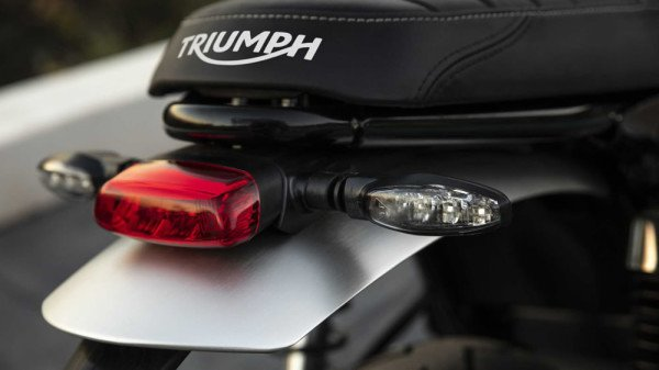 Triumph-Speed-Twin-1200-2019-03