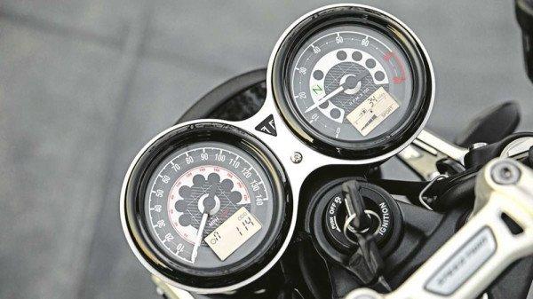 Triumph-Speed-Twin-1200-2019-06