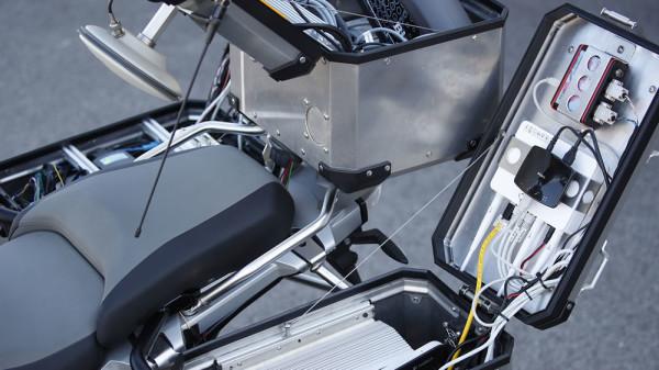 BMW-R1200GS-Autonoma-04