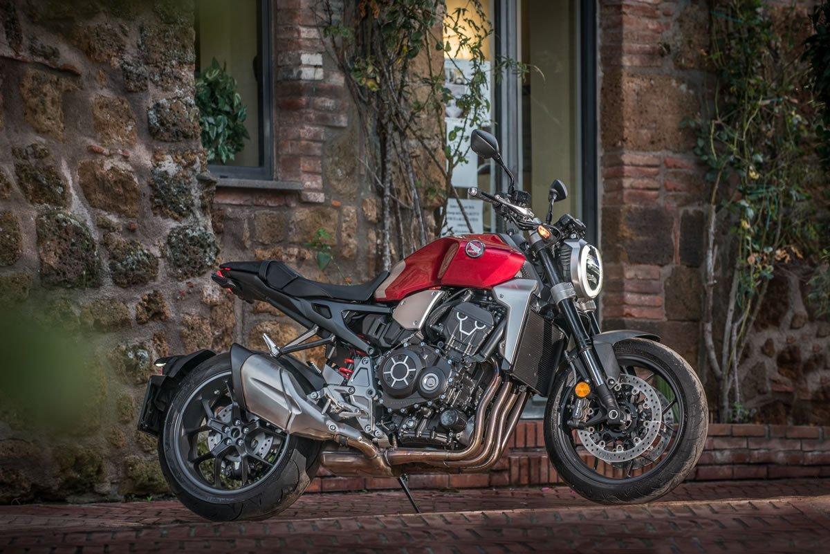 Honda-CB1000R-2019-Brasil-01