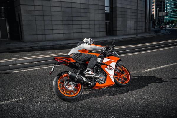 05-KTM-RC125-2019-02