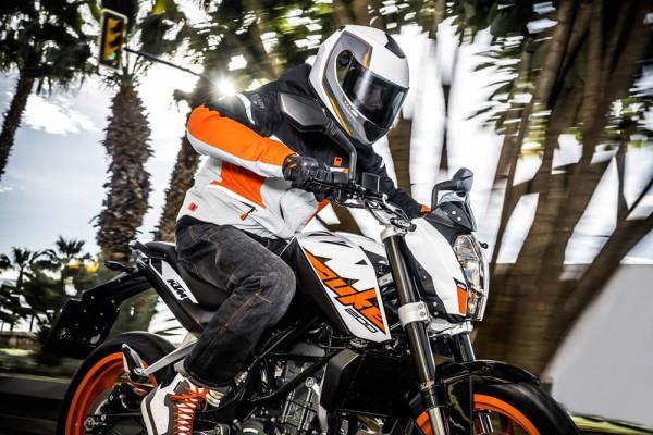 KTM-200-Duke-ABS-2019-05