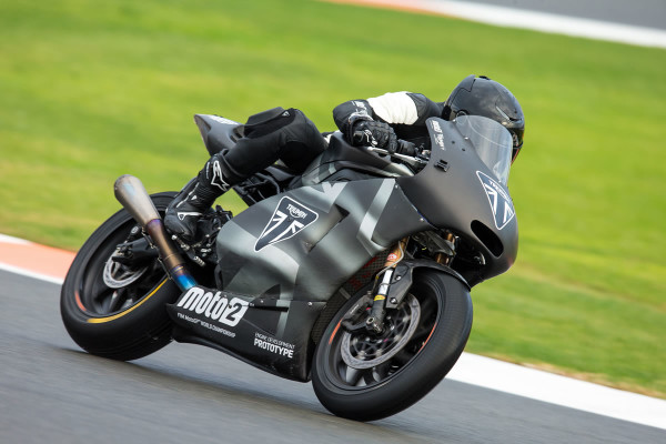 Motor-765-Triumph-Moto2-2019-04