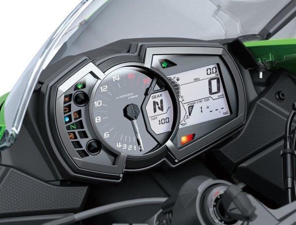 Ninja-ZX-6R-2020-04-Painel-Instrumentos