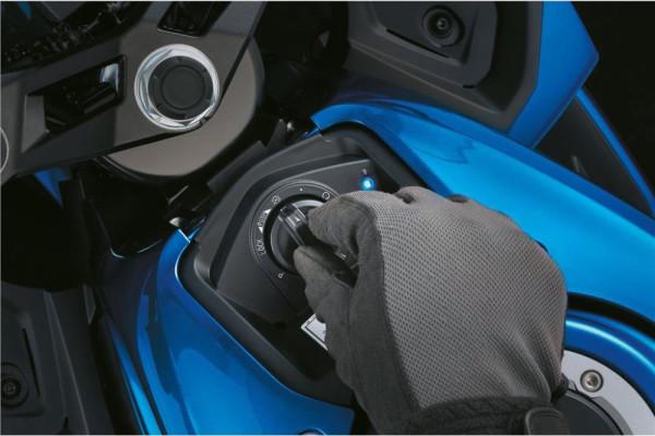 Suzuki-GSX-R125-2019-18-Keyless