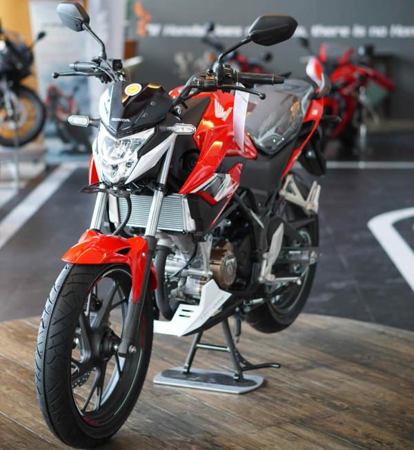 Honda-CB150r-01