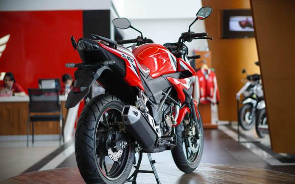 Honda-CB150r-05