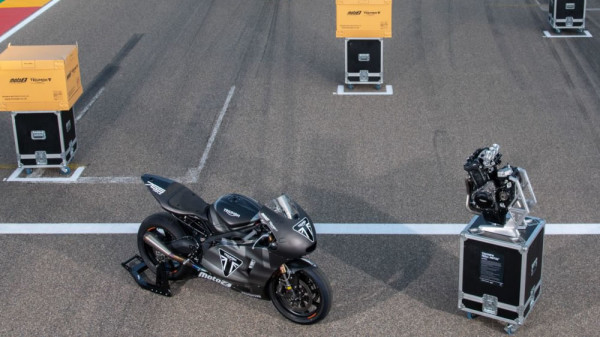 Motores-Triumph-765-Moto2-02