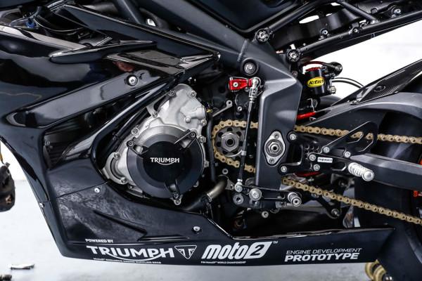 Motores-Triumph-765-Moto2-03