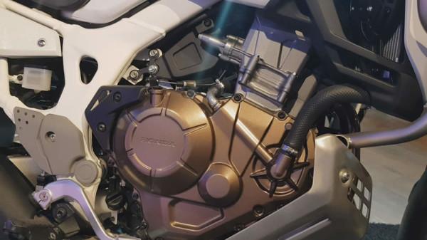 Africa-Twin-2020-08-Motor