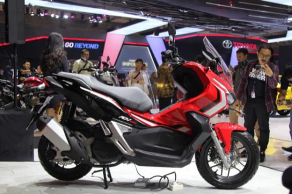 Honda-X-ADV-150-01