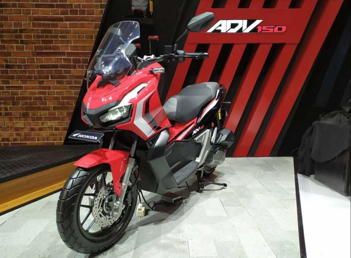 Honda-X-ADV-150-02