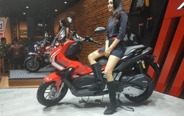 Honda-X-ADV-150-06