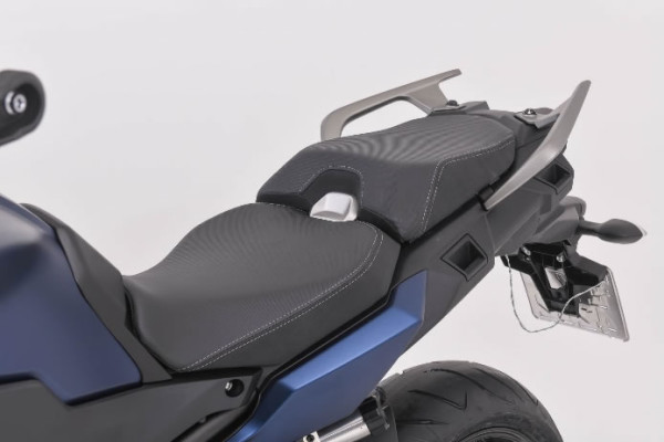 Nova-Tracer-900-11