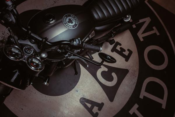 Triumph-T120-Ace-04