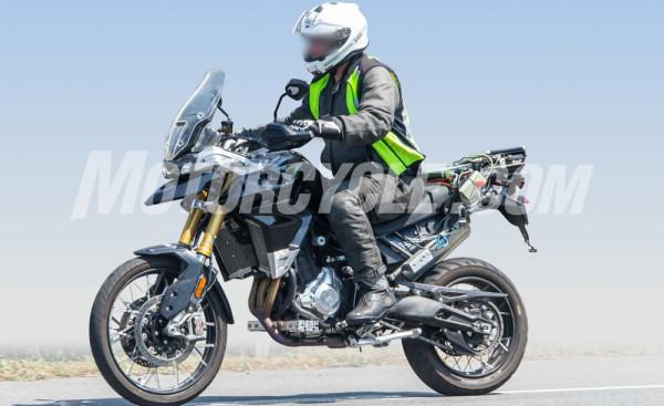Triumph-Tiger-900-2020-06