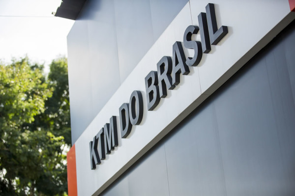 KTM-Brasil-Factory-Powersports-02