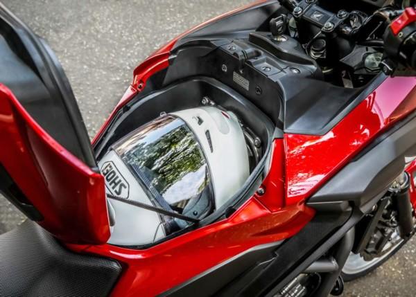 Honda NC 750X 2020 Compartimento