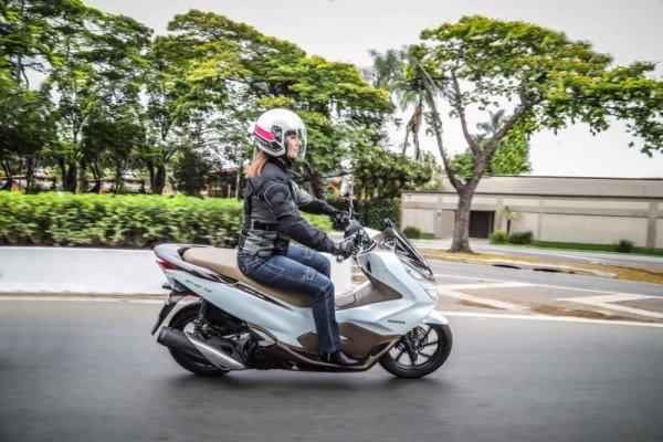 Honda-PCX150-2020-02
