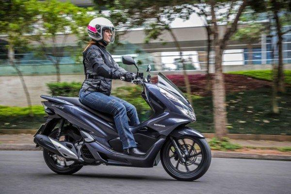 Honda-PCX150-2020-04