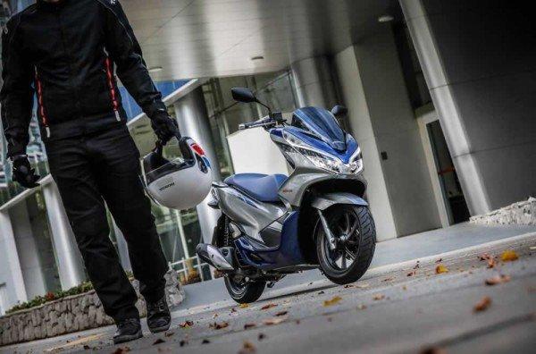 Honda-PCX150-2020-09