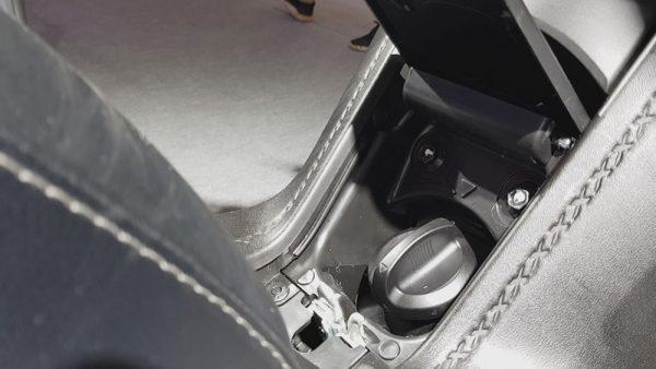 Yamaha X-Max 250 Tanque de Combustível