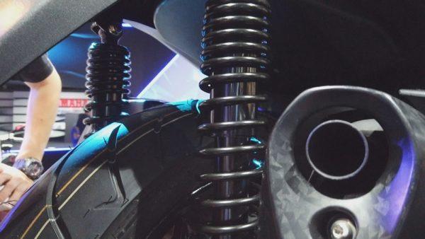 Yamaha X-Max 250 Suspensão Traseira