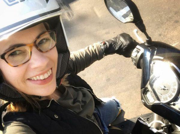 02-Mulheres-de-scooter-Tati