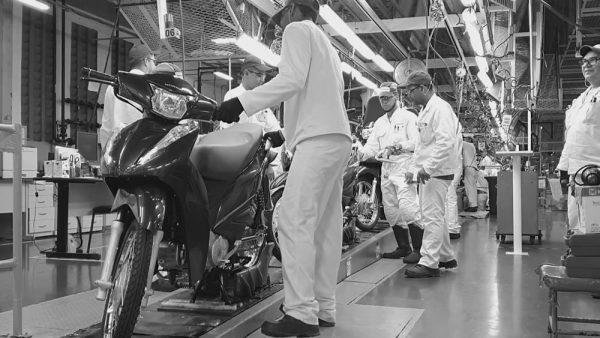 paralisacao-fabrica-motos-01