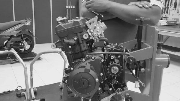 paralisacao-fabrica-motos-05