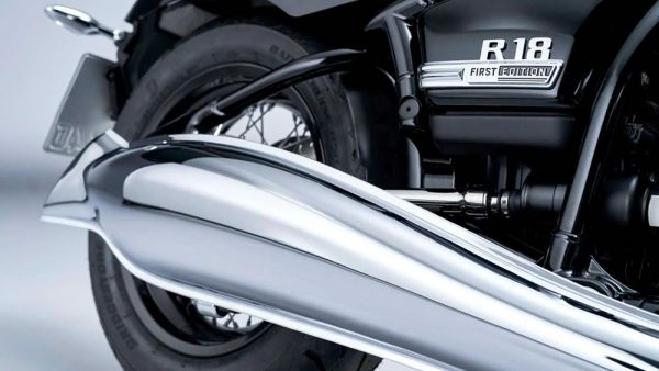 BMW-R18-31